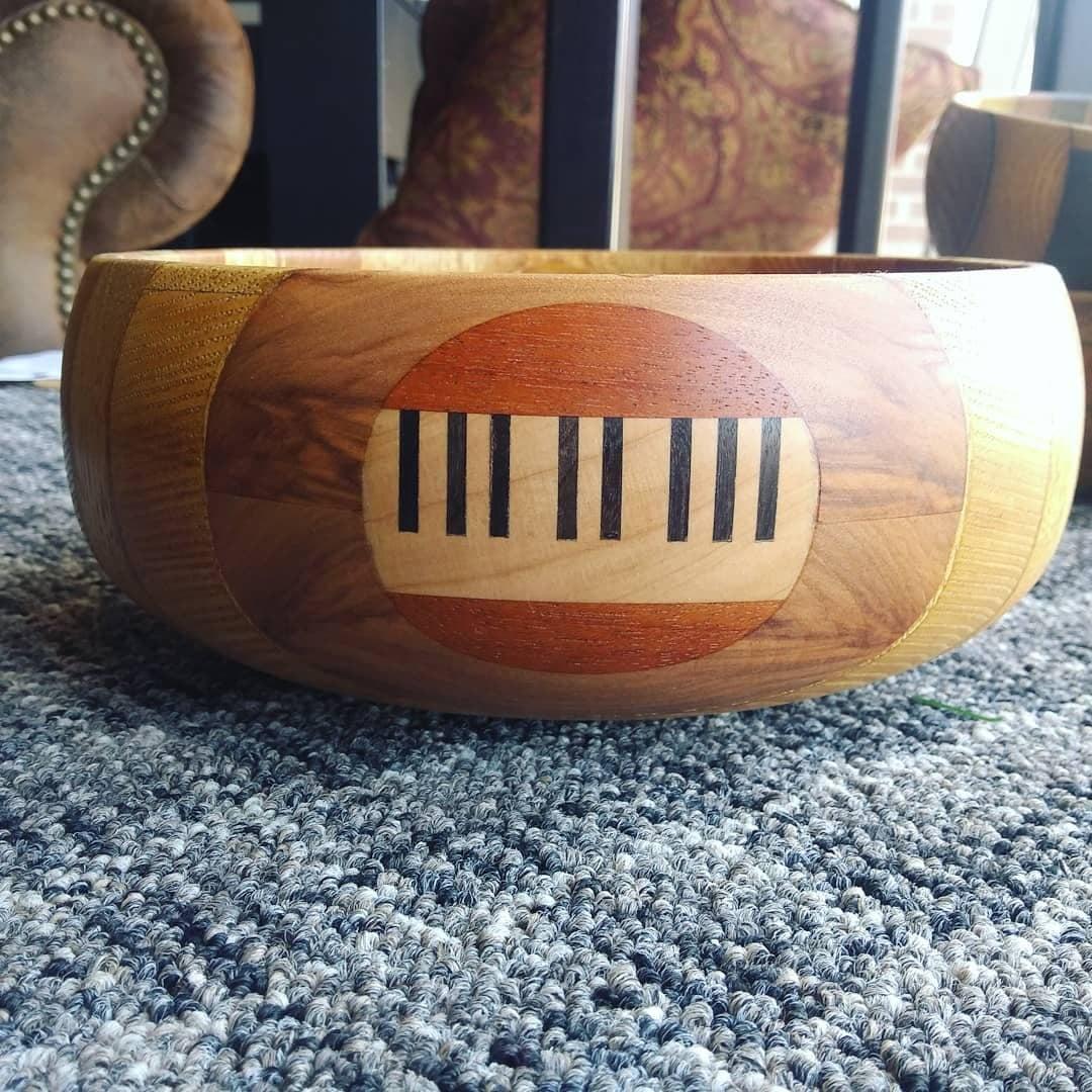 9-inch Vertical Stripe Bowl INLAIDKEYBD